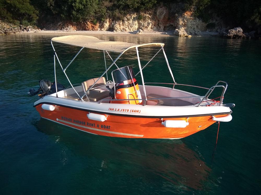 Mantaray Boat Nissaki
